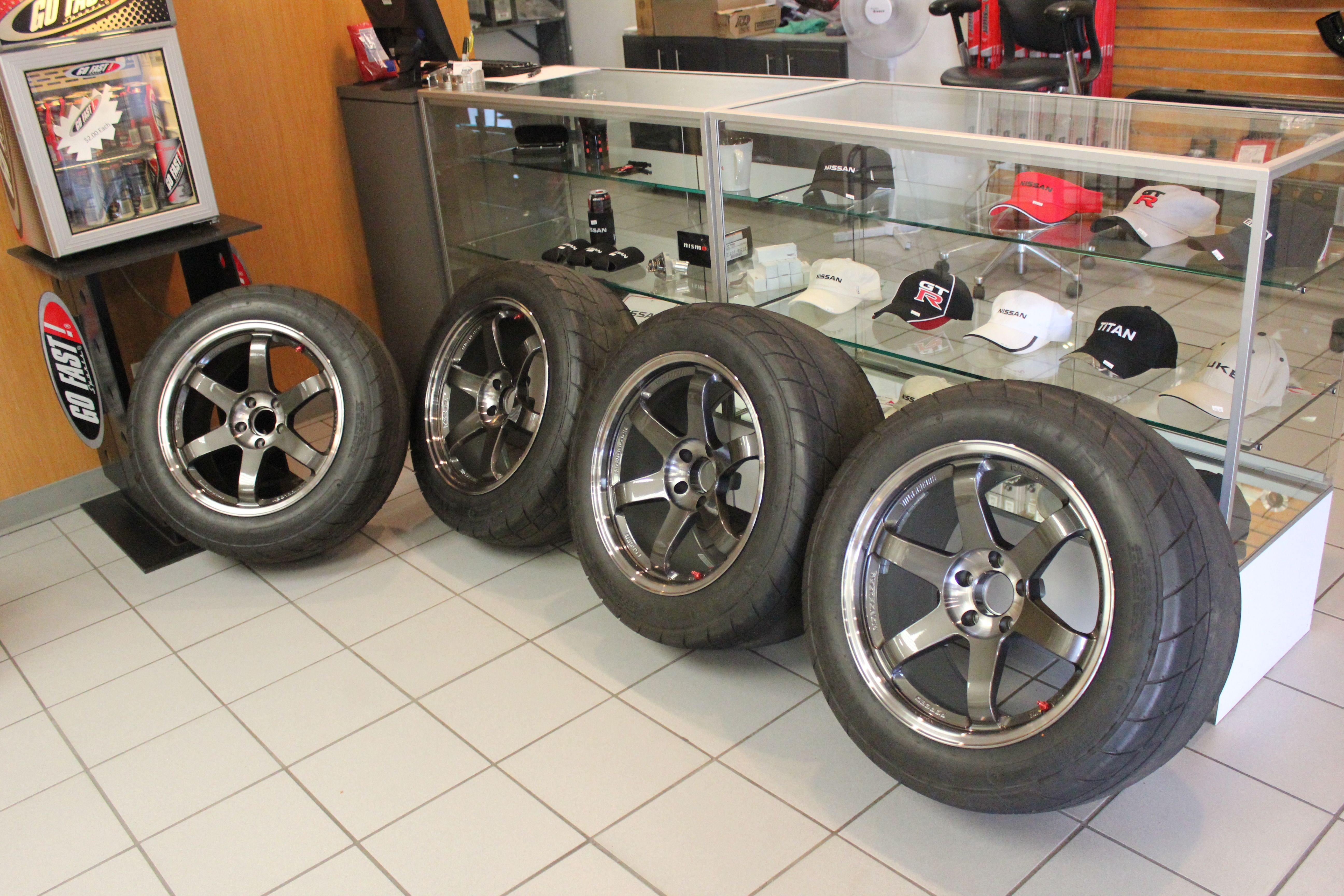 Drag radials for sale - Posted Image