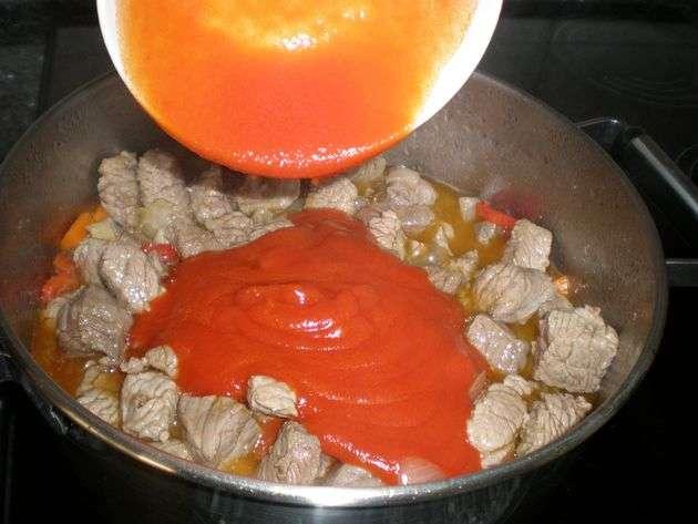 Elaborar ternera en salsa